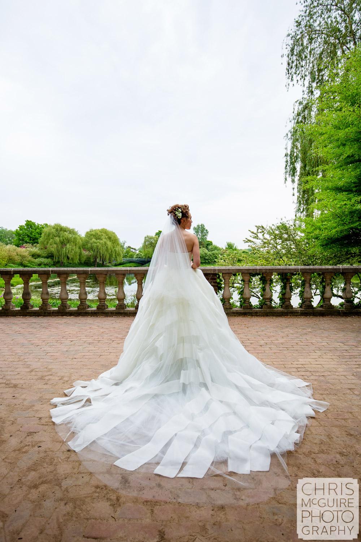 bridal dress at Chicago Botanic Gardens