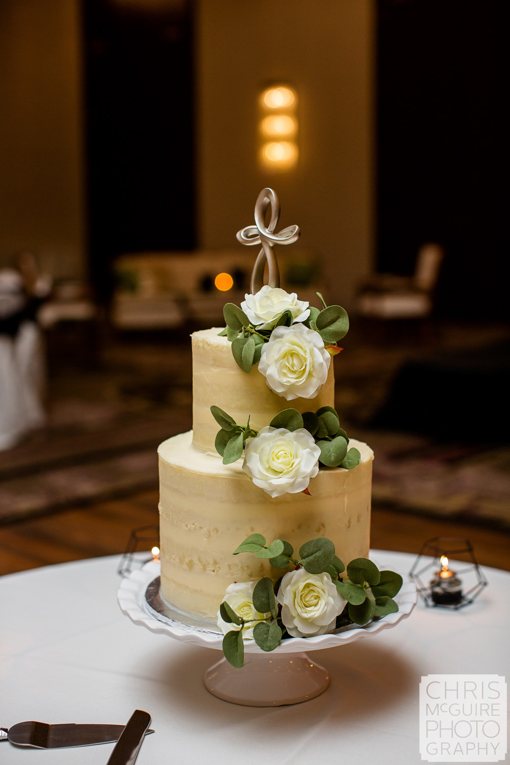 wedding cake at Pere Marquette