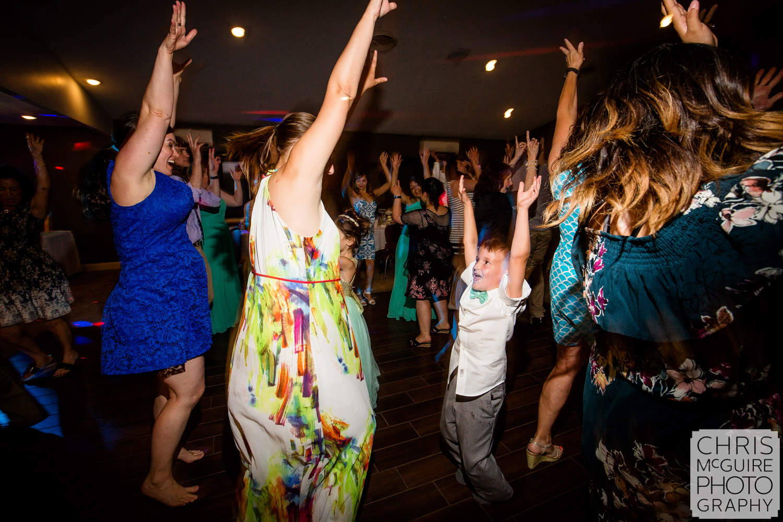 wedding party dancing