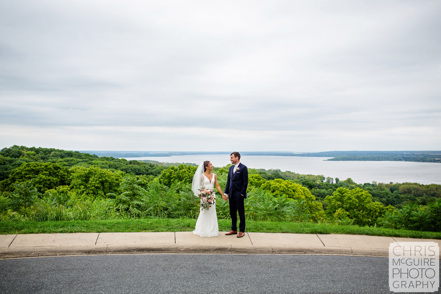 Bride and Groom at Grand View Drive in Peoria IL