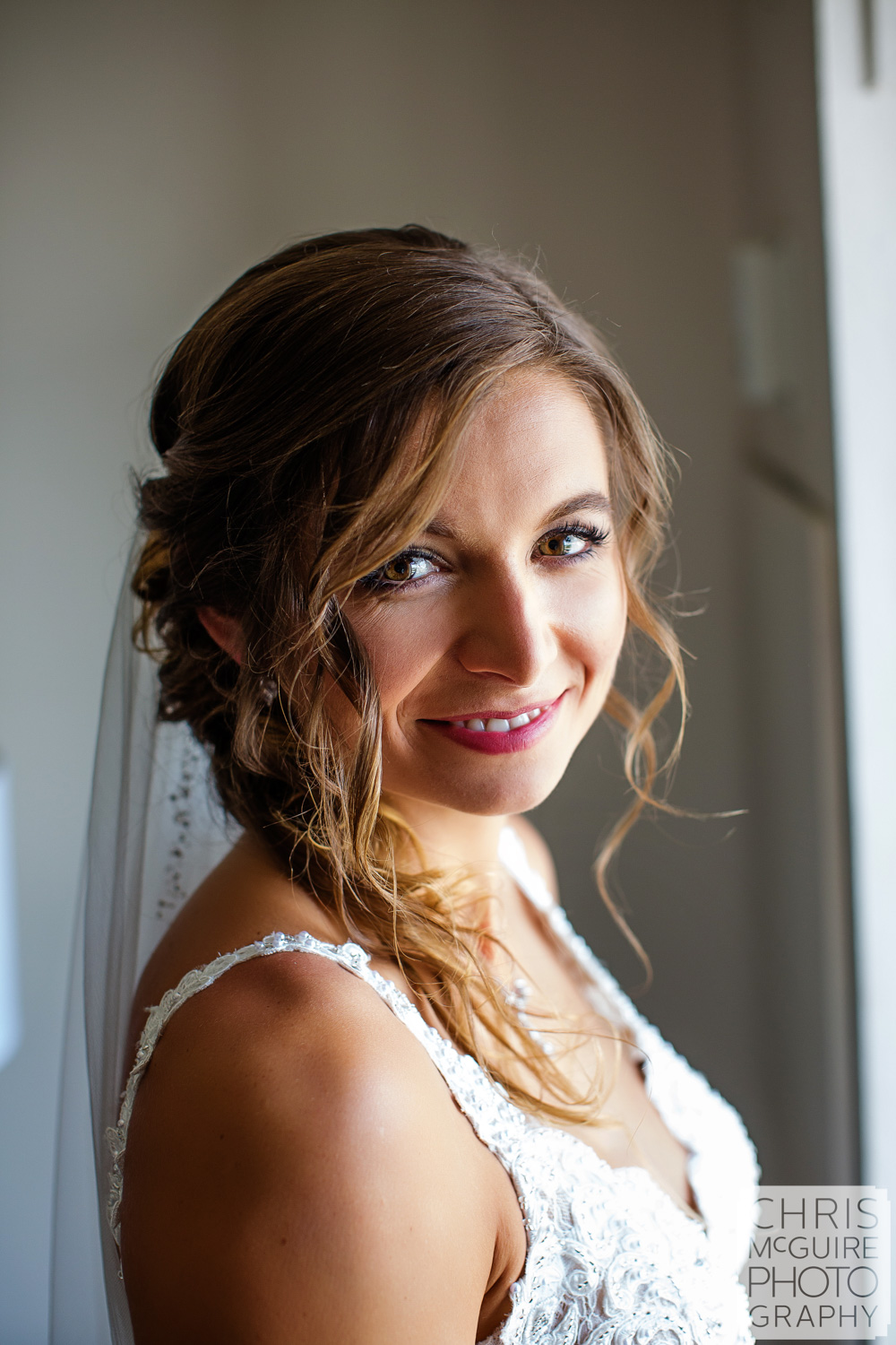 Bridal portrait at Abe Lincoln Hotel, Central Illinois