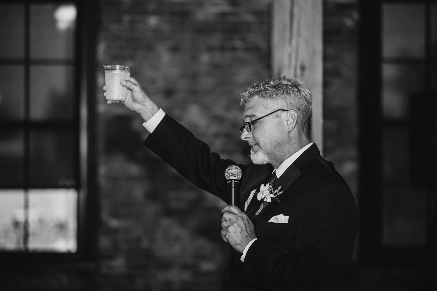 Father of the bride toast at Trailside in Peoria