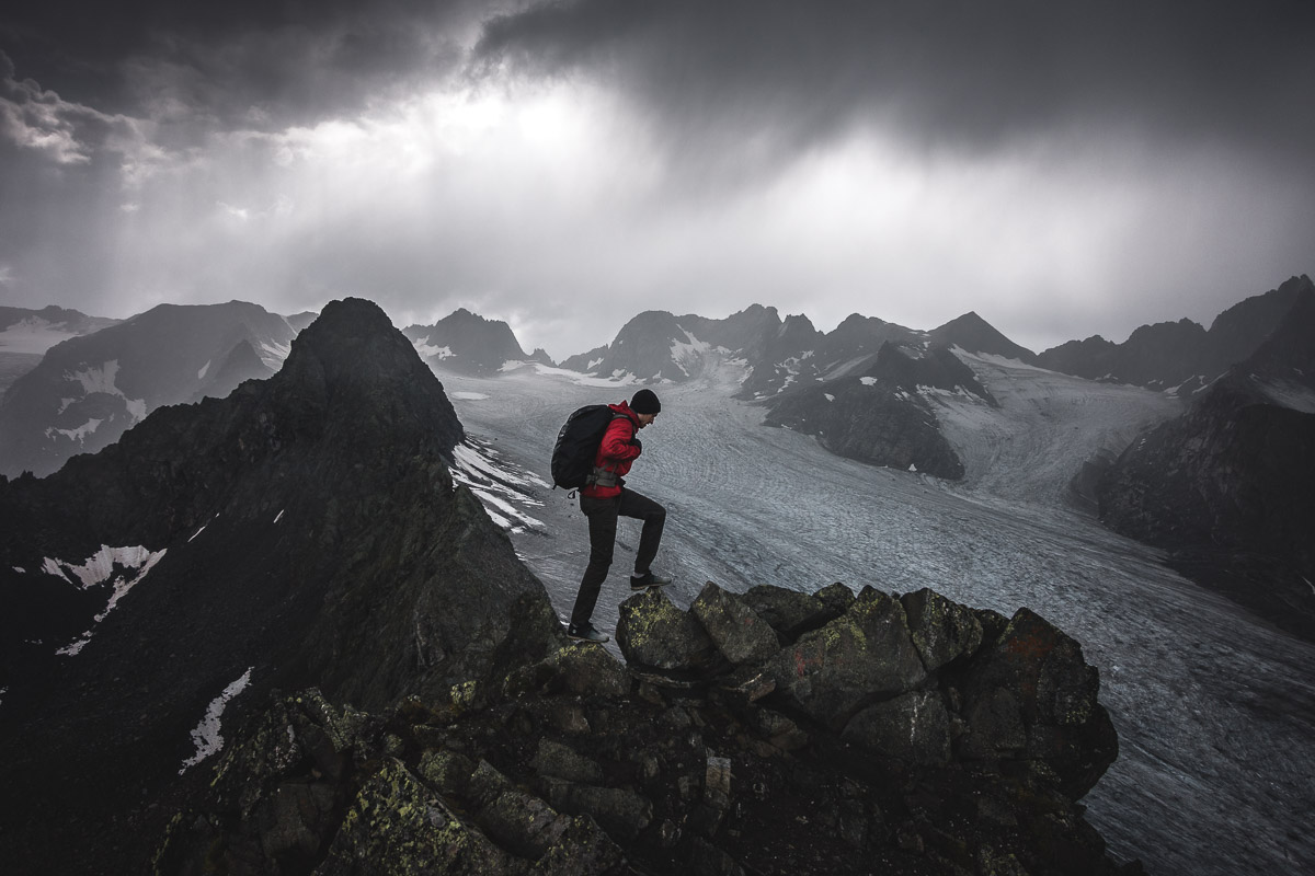 On the summit of Rinnenspitze (3001m), Austria