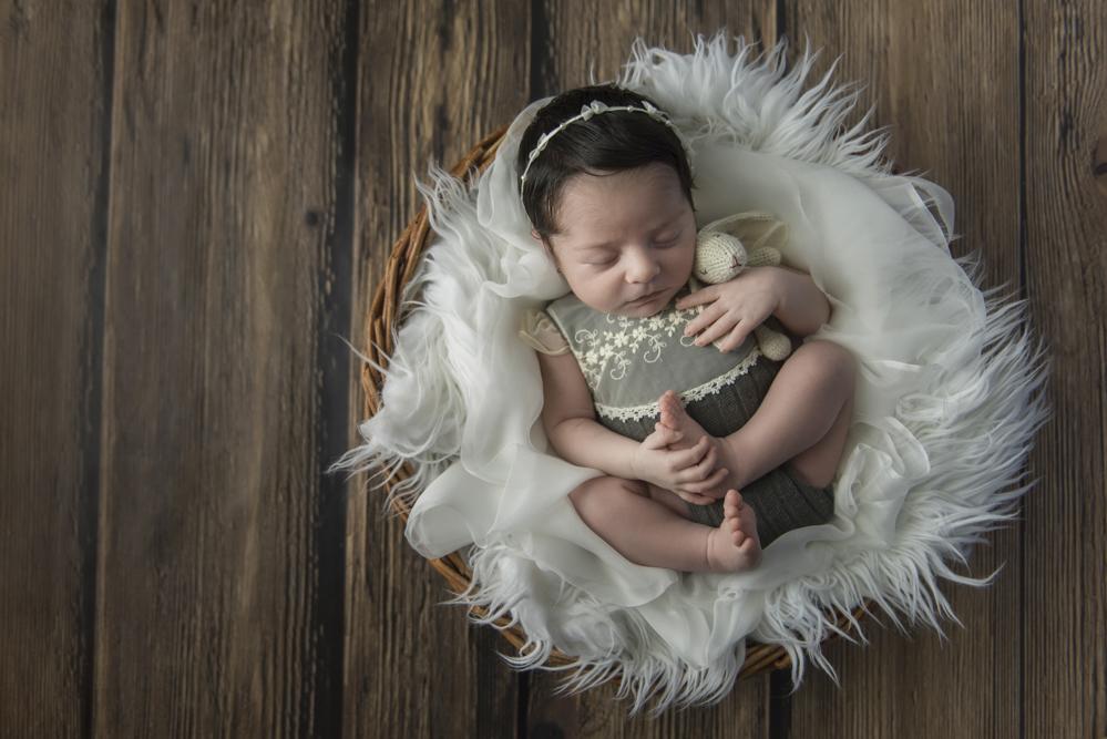 sesiones-recién-nacidos-montevideo-uruguay-madres-bebes-new-born-pati-matos (7).jpg
