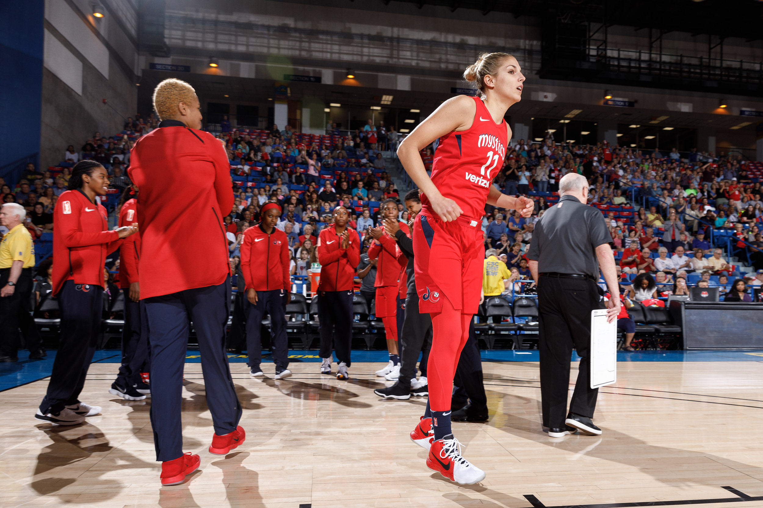 Fever-Mystics-Delaware-12may2018-WNBA-Gosling-01.JPG