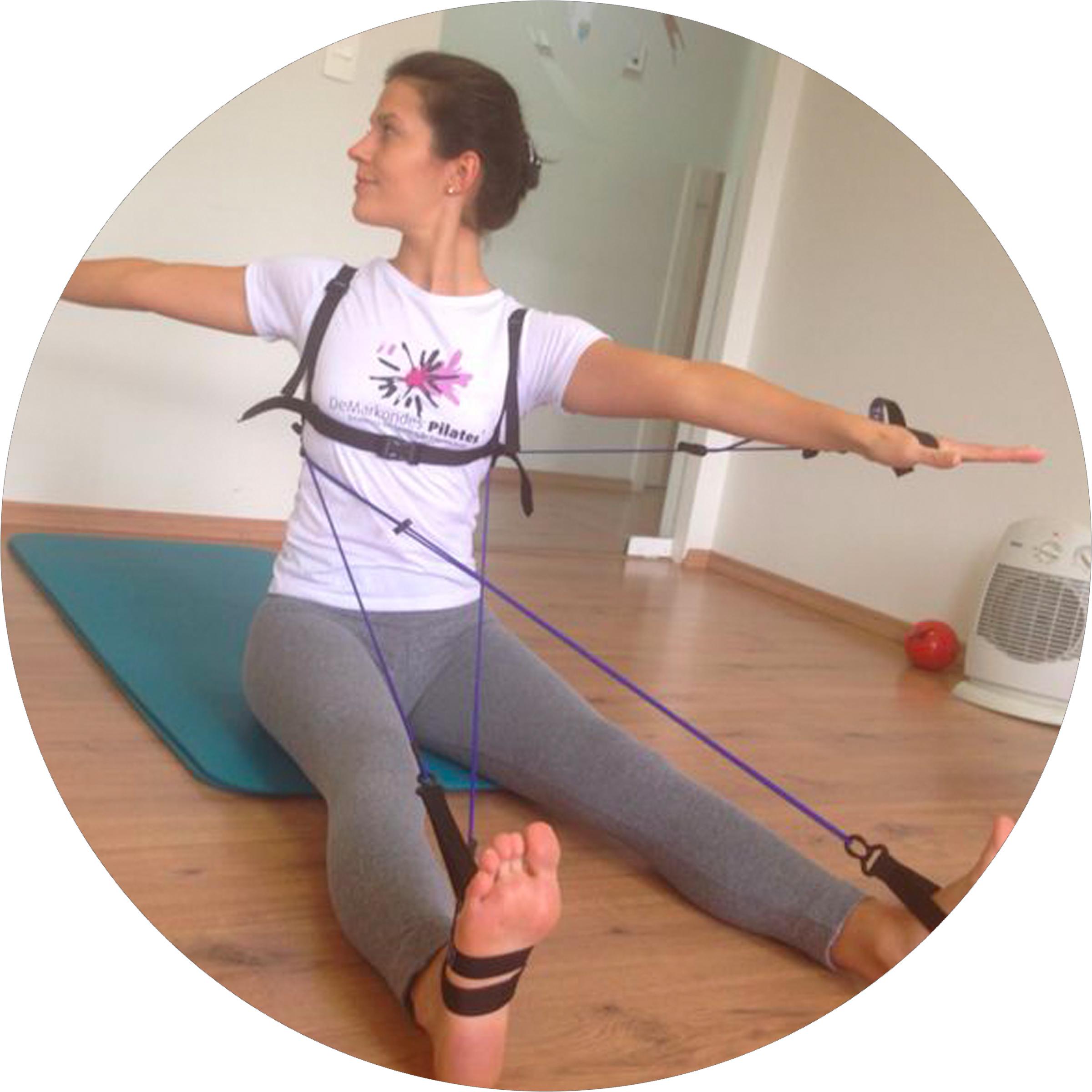 Spine Twist created by Elaine de Markondes, Brazil.