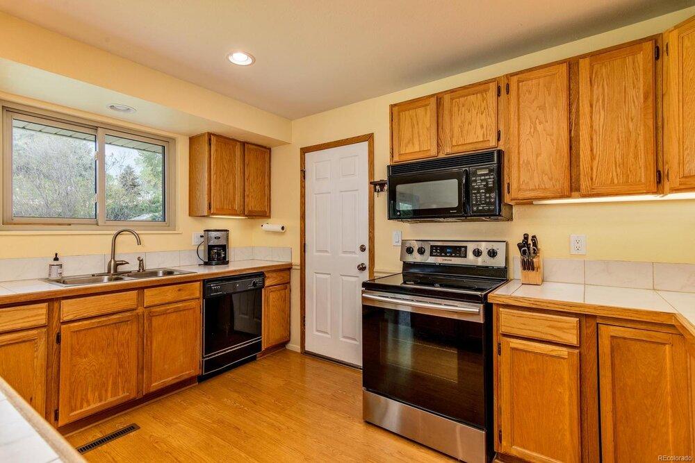 Sold 4447 E Lake Circle South Centennial Co 80121 Sarah Clark