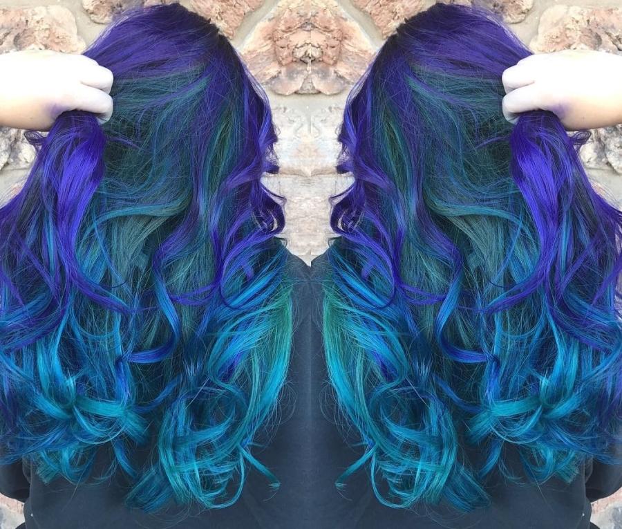 What is vivid hair coloring in San Diego?