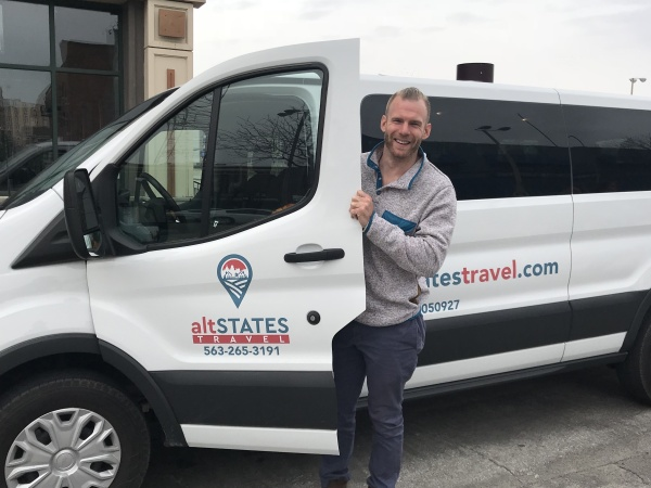altSTATES provides transportation in the Quad Cities. We know the things to do in the Quad Cities.