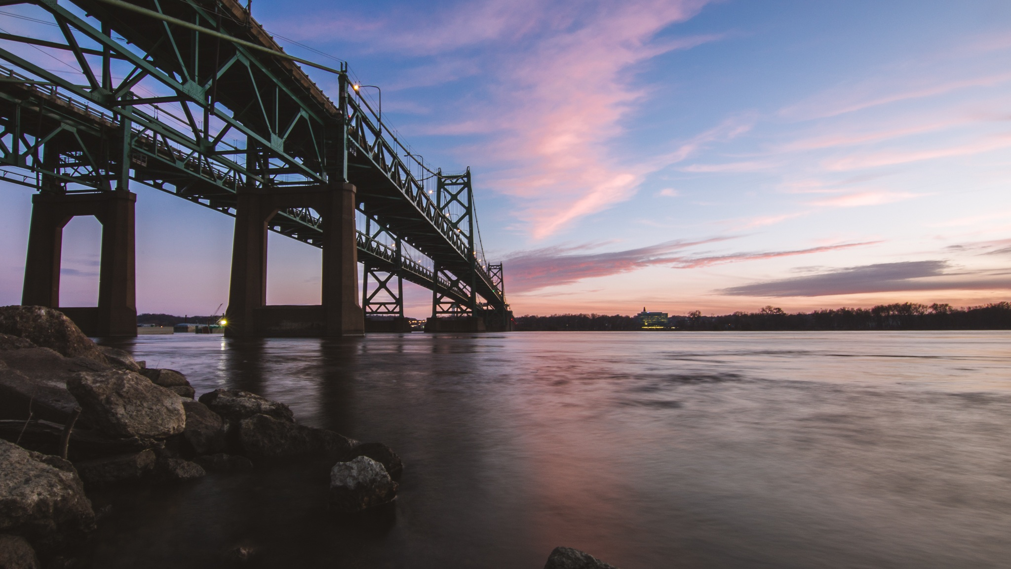 Looking for things to do in the Quad Cities? Look no further.