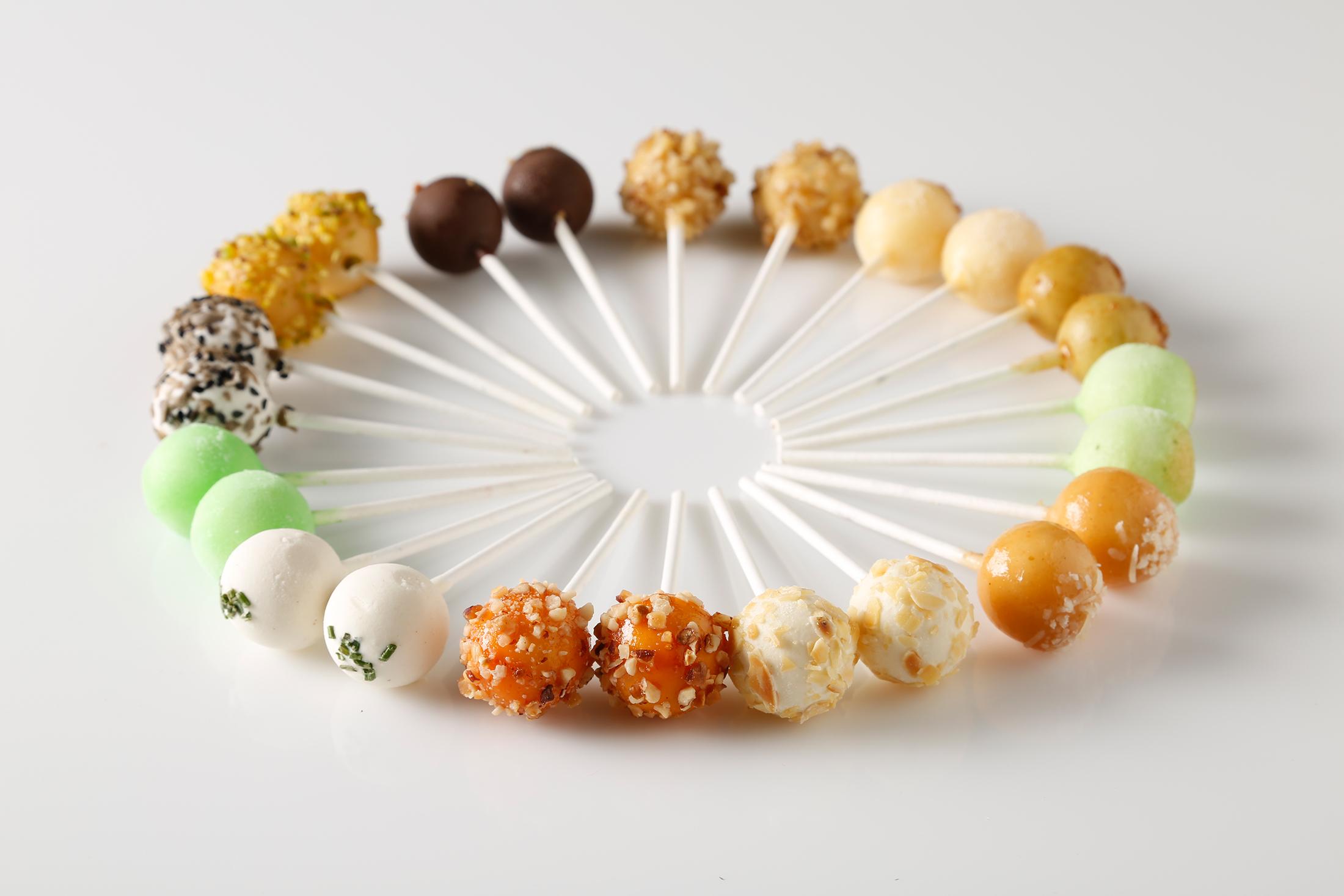 Familia Pro Luxury Tapas Lollipops 004.jpg