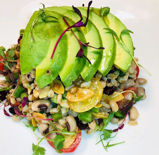 Our farro and black eyed peas salad is tossed with roasted tomatoes, avocado, asparagus, and more to create a filling lunchtime meal. * * * #elia #elianj #eliamediterraneanrestaurant #mediterraneancuisine #foodporn #appetizer #delish #foodie #food #jerseyeats #foodphotography #mediterraneanfood #instafood #eats #foodpics #instagood #tasty #yummy #hungry #njfoodsnob #njfood #njfoodie #mediterraneandiet #mediterraneansalad #mediterraneancooking #mediterraneansangria #rawbarnj  #farro #blackeyedpeas