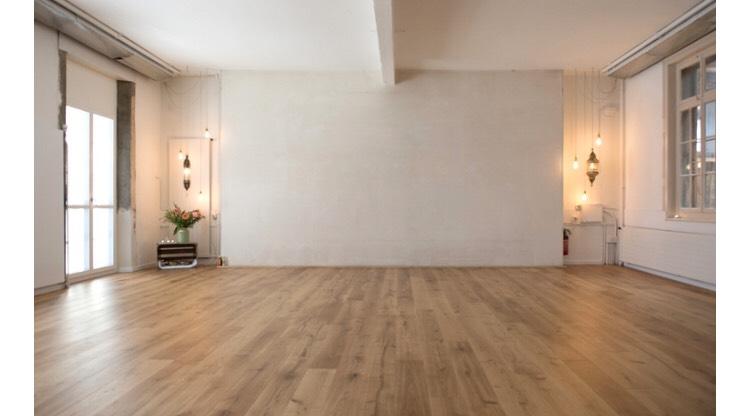 Yoga Haus. - Hier treffen wir uns. Für einen offenen Austausch. Zu einem simpleren Alltag. Und einer nachhaltigeren Zukunft.