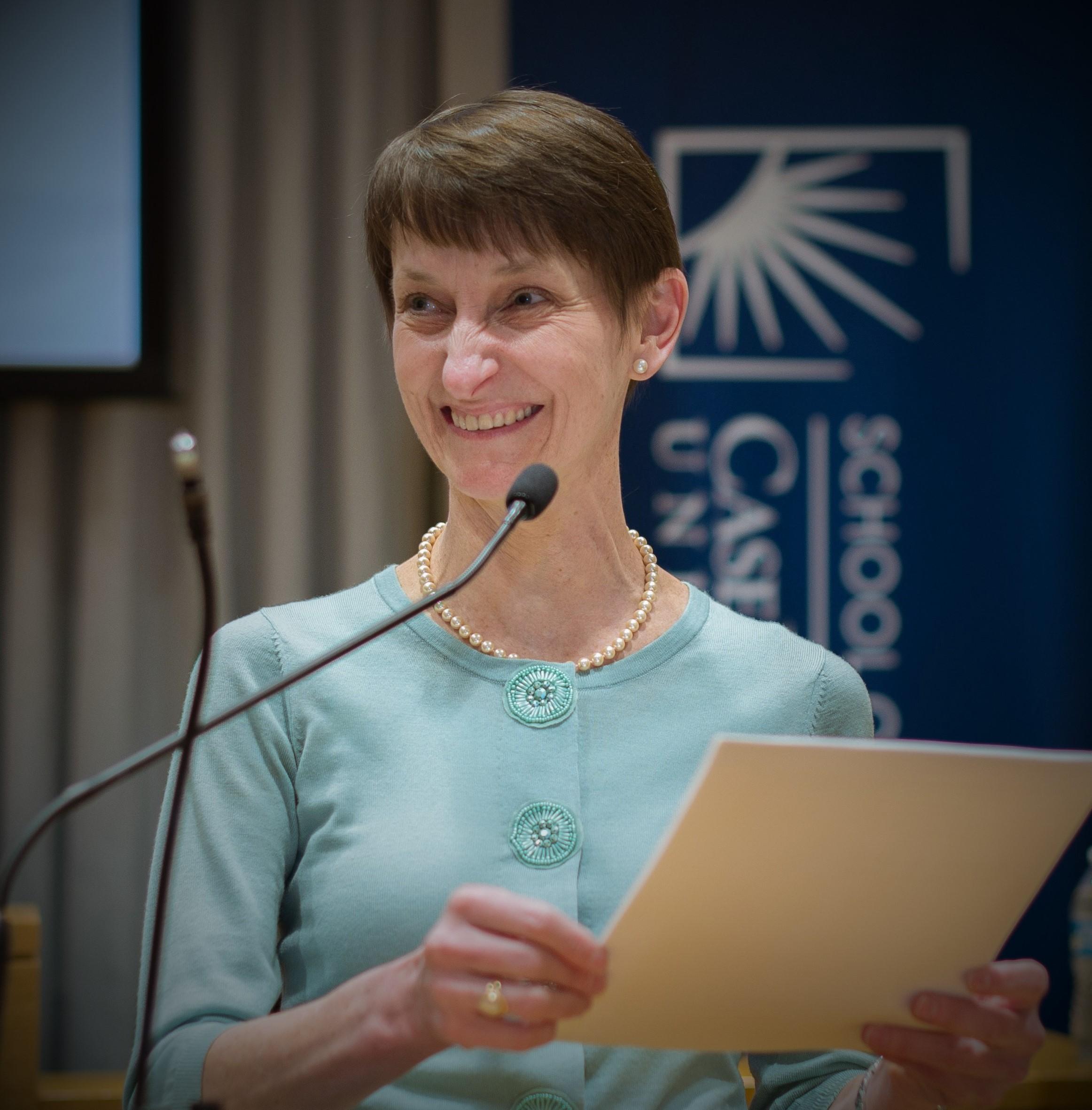 Dr Stacia Dearmin, Physician Speaker