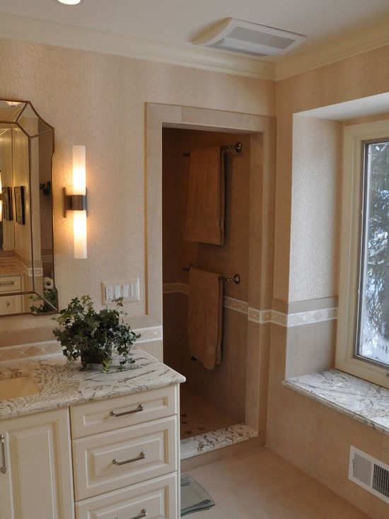 5211f6fd02df41f4_4317-w550-h734-b0-p0-q80--transitional-bathroom.jpg