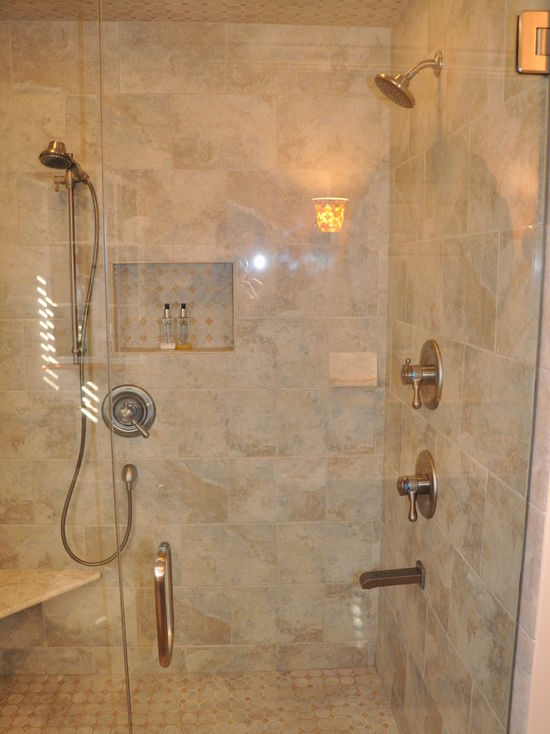 b2a11ae402df3468_4348-w550-h734-b0-p0-q80--transitional-bathroom.jpg