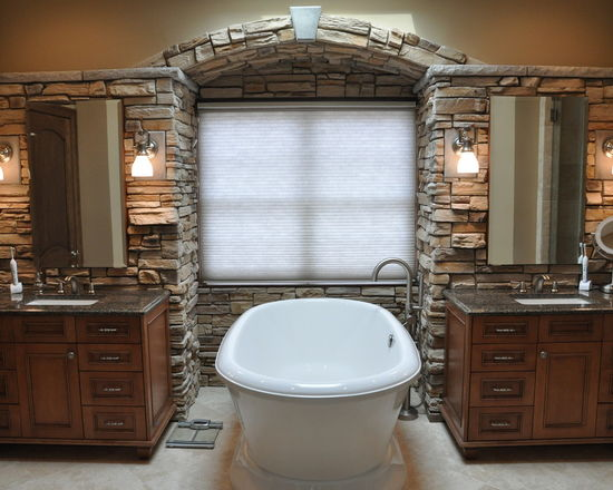9fe142bc016093d2_7164-w550-h440-b0-p0-q80--traditional-bathroom.jpg