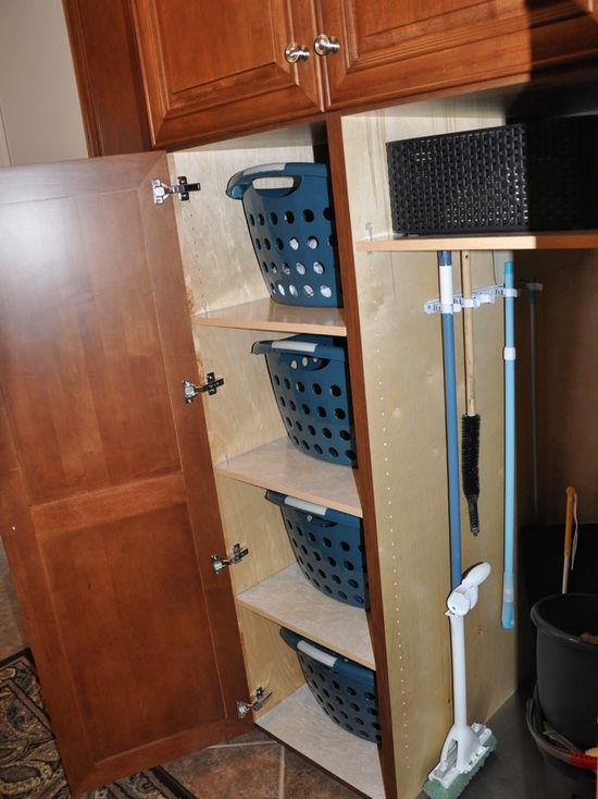 0db1966e02df3e82_1294-w550-h734-b0-p0-q80--transitional-laundry-room.jpg