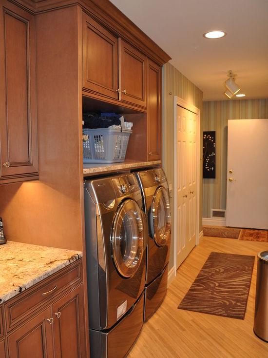 8d313f620153464d_1989-w550-h734-b0-p0-q80--traditional-laundry-room.jpg