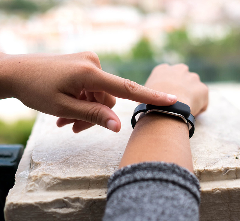 Bond Touch: Emotional wearables are here.