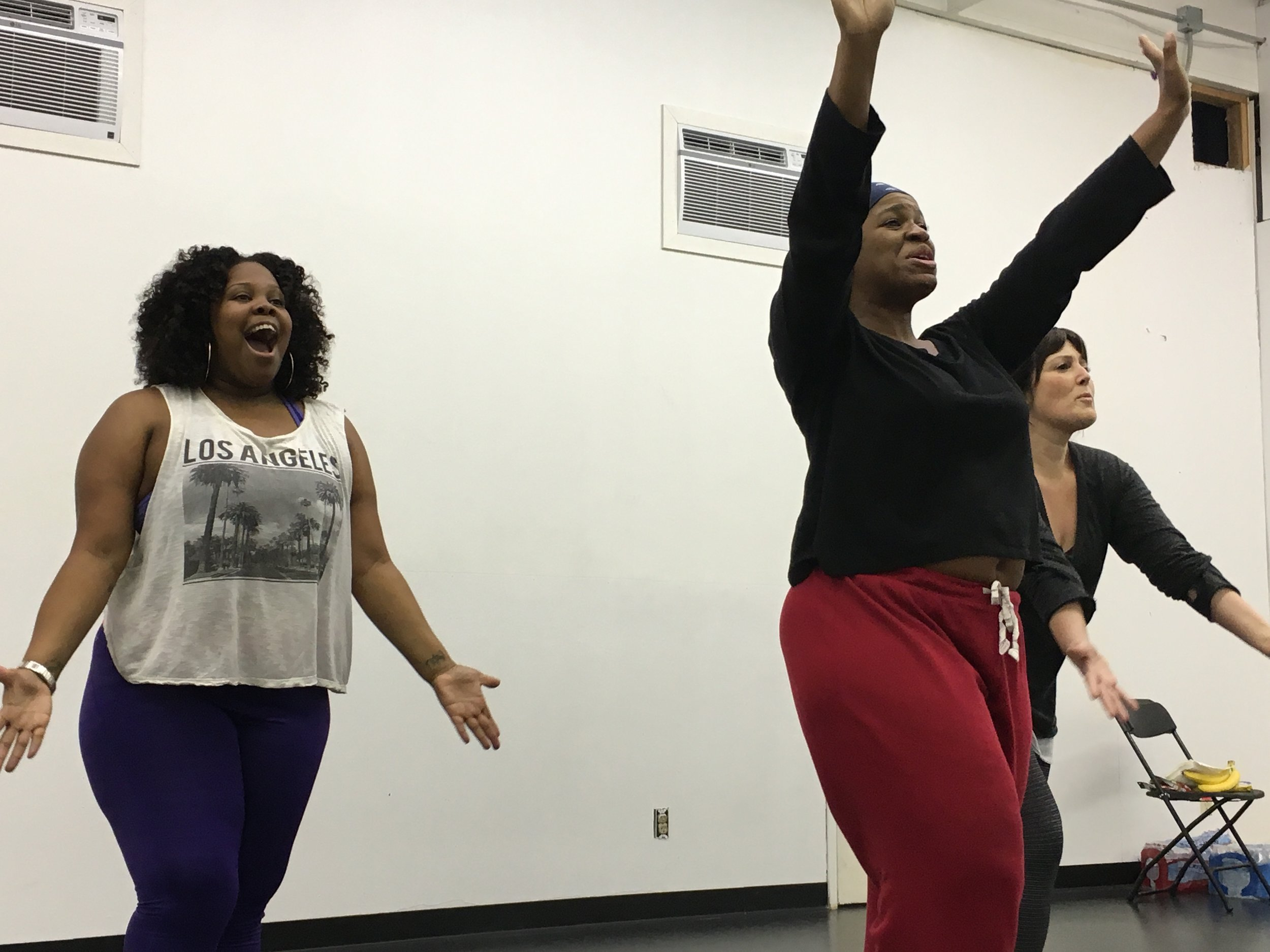 "AMBER  RILEY, MICHAEL HYATT, RICKI LAKE REHEARSING ""DREAMGHOSTS"" FOR CRAZY EX-GIRLFRIEND"
