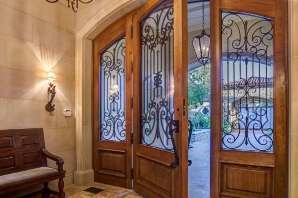 GS_Front_Door_3.jpg