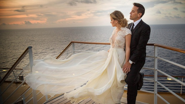 Cruise Weddings - Hold your wedding on a cruise, or cruise with your group to get married at your destination of choice!