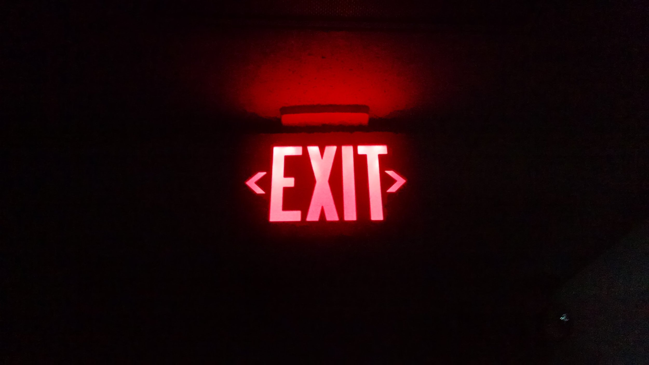 dark-exit-night-84629.jpg