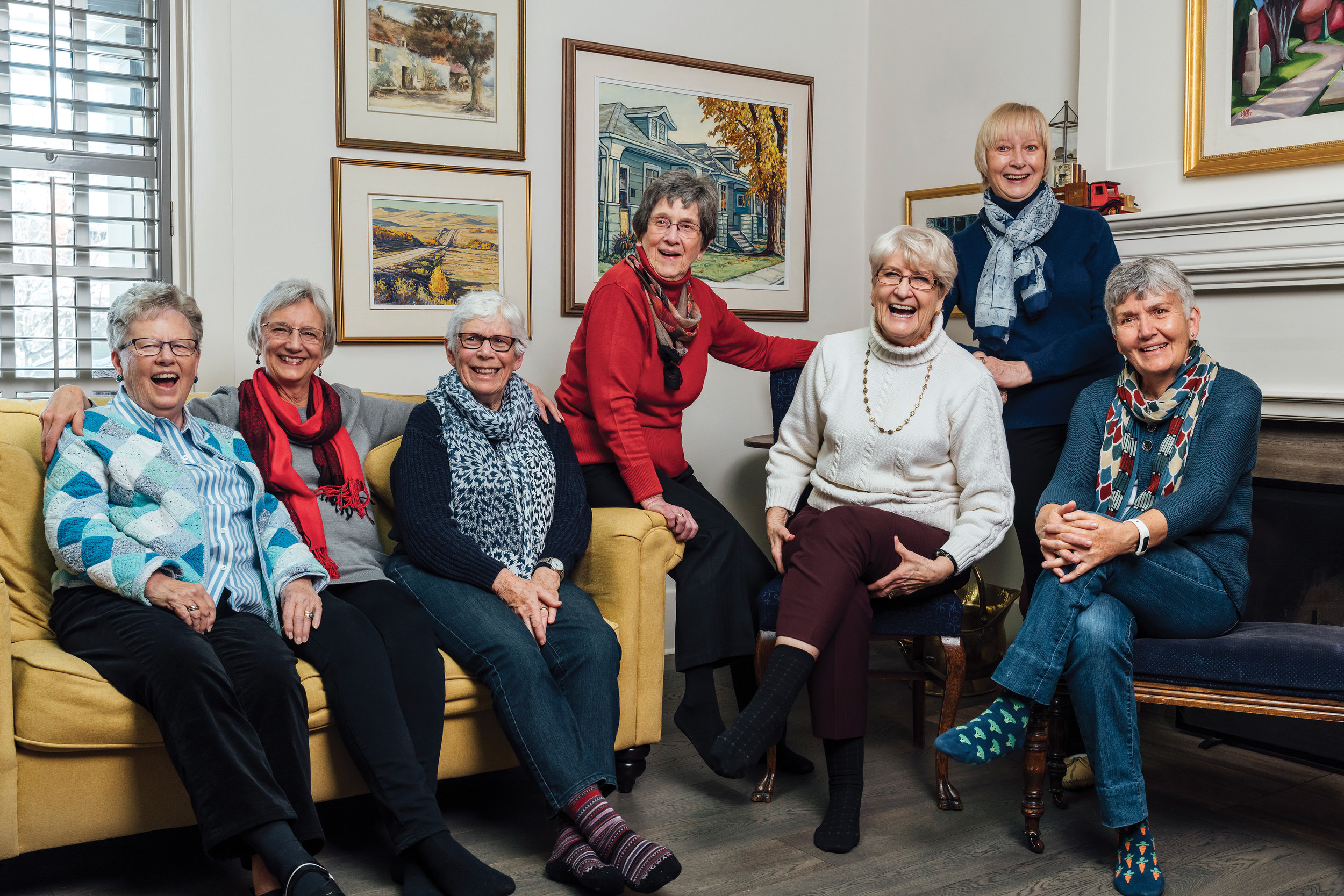 The Memory Plus Alumni Group. From left: Sue Singleton, Marilee Jasper, Diane Poole, Meta Wieser, Bev Will, Norma Whitney and Annette Koelwyn. Photo by Bryce Meyer Photography.
