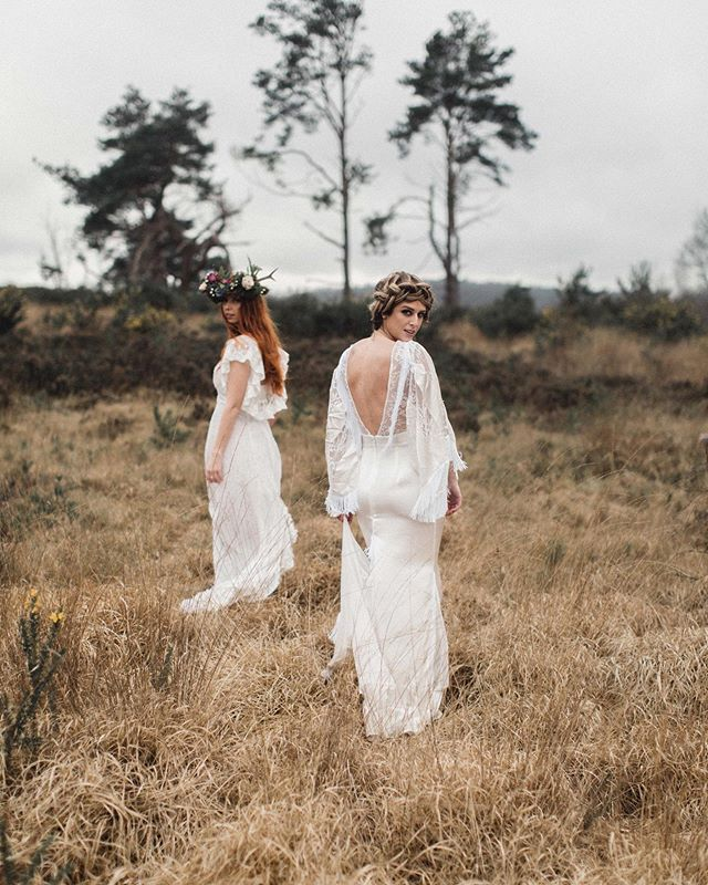 Boho beauties @josie_scamell and @jadeparker88 in @poppyperspective | hair @treats4hair and @wildrosebridalhair | Makeup @bluevanillabeauty | photo @rebeccasearlephotography