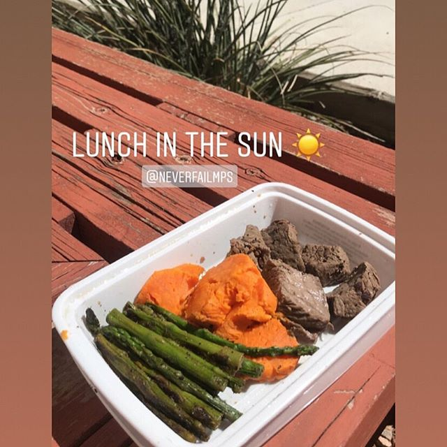 Nothing better than soaking up some sun and fueling your body properly with a Never Fail Meal!! #neverfailmps #healthy #bodybuilding #convenient #absaremadeinthekitchen #mealprep #eatclean #eattogrow #cleaneating #iifym #diet #healthyeating #aintnobodygottimeforthat #preplife #foodporn #food #determination #improvement #motivation #ketogenic #keto #bikini #npcbikini #bodybuilding