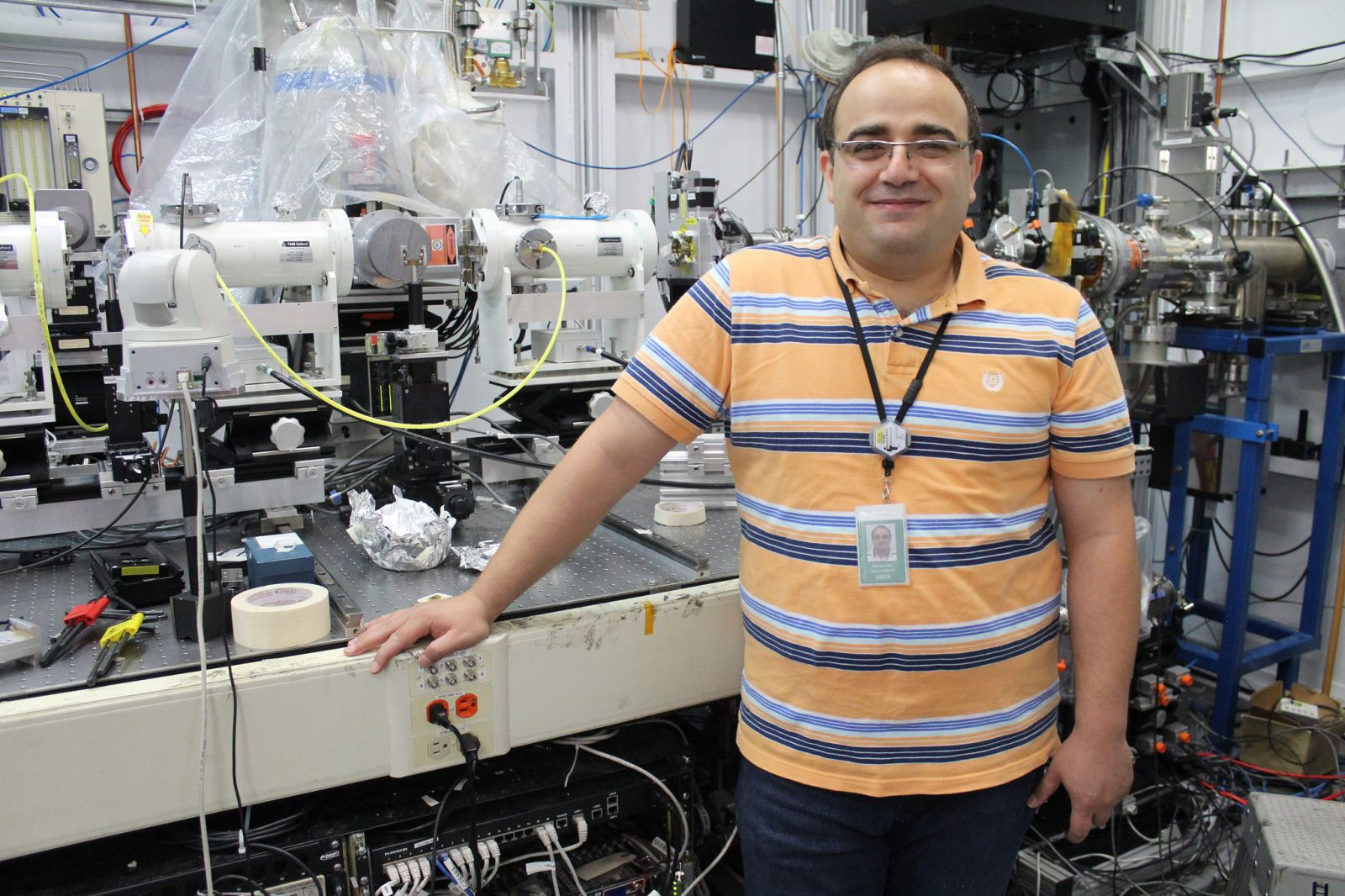 Mohammad Banis at a Canadian Light Source beamline where he studies batteries. Photo by Lana Haight