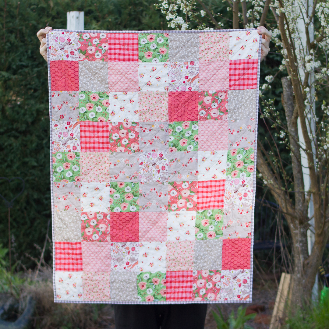 Green & Coral Scattered Large Squares Baby Quilt Finished via www.helloquilting.com