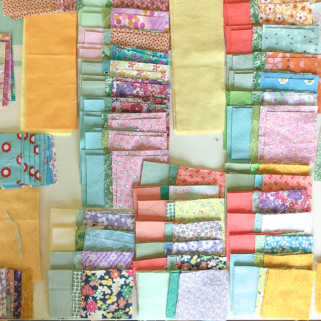 Simplified Tulip Quilt Cut via www.helloquilting.com
