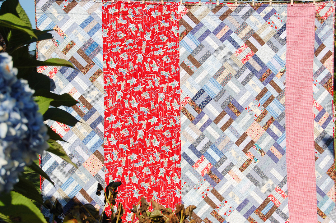 Red & Blue Post-and-Rail Fence Quilted via www.helloquilting.com