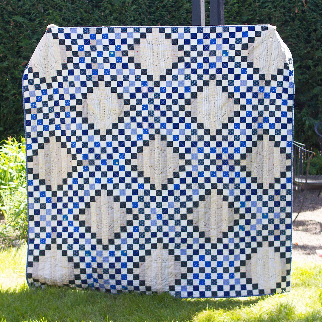 Blue Quintuple Irish Chain via www.helloquilting.com