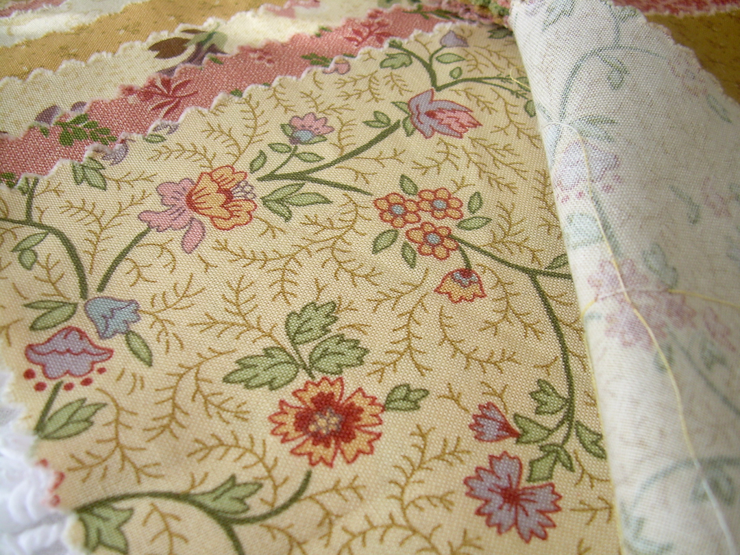 Thimbleberries House & Garden Tan Floral via www.helloquilting.com