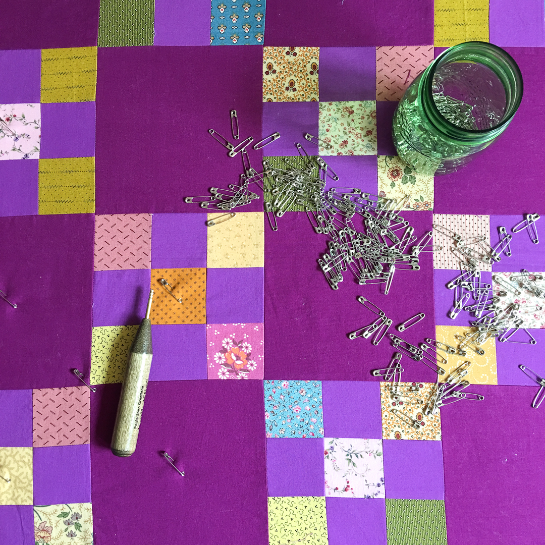 Pinning the Purple Irish Chain Quilt via www.helloquilting.com