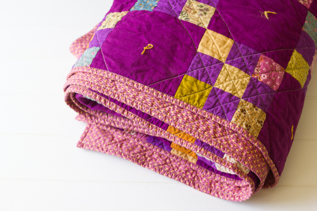Purple Irish Chain Quilt via www.helloquilting.com