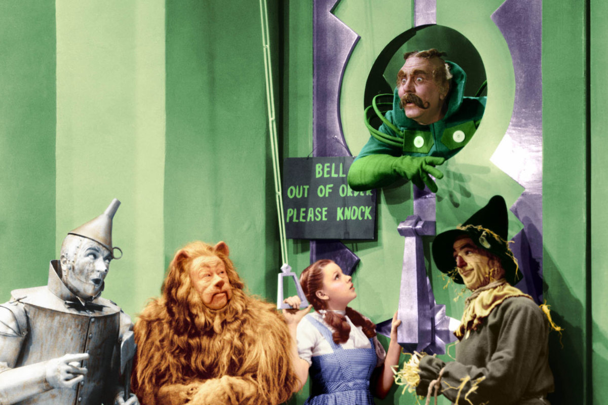 wizard-of-oz-cast_subherojpg.jpg