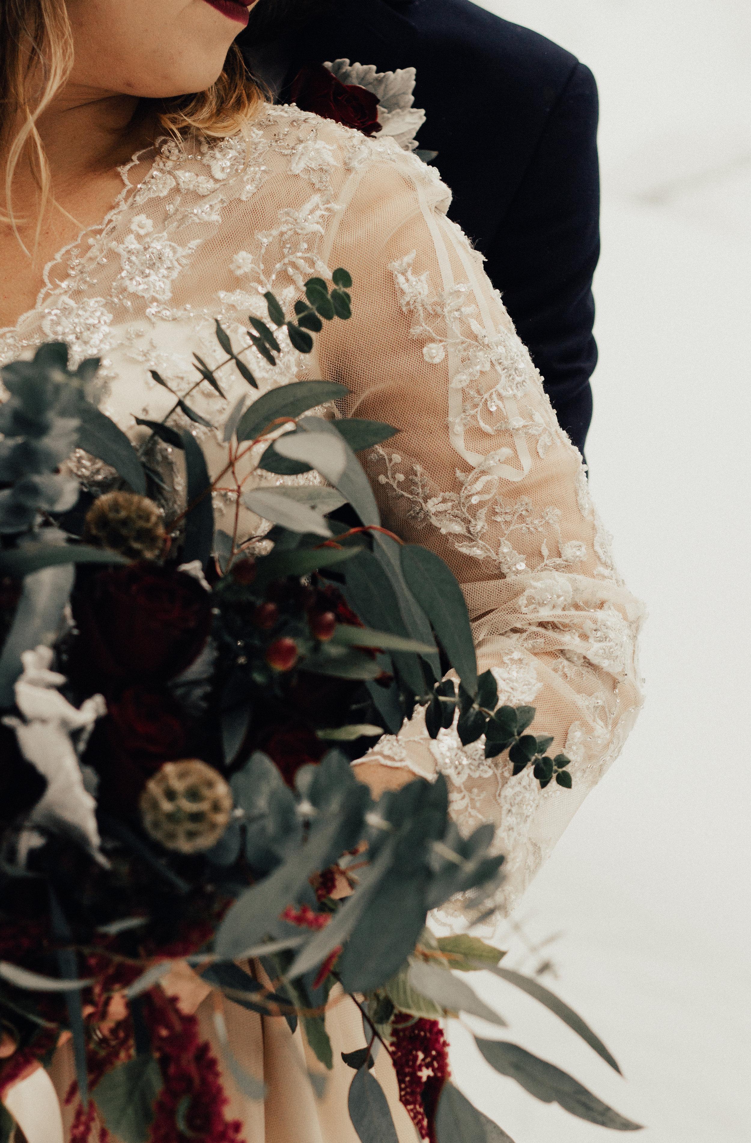 Styled-Winter-Elopement-133.jpg