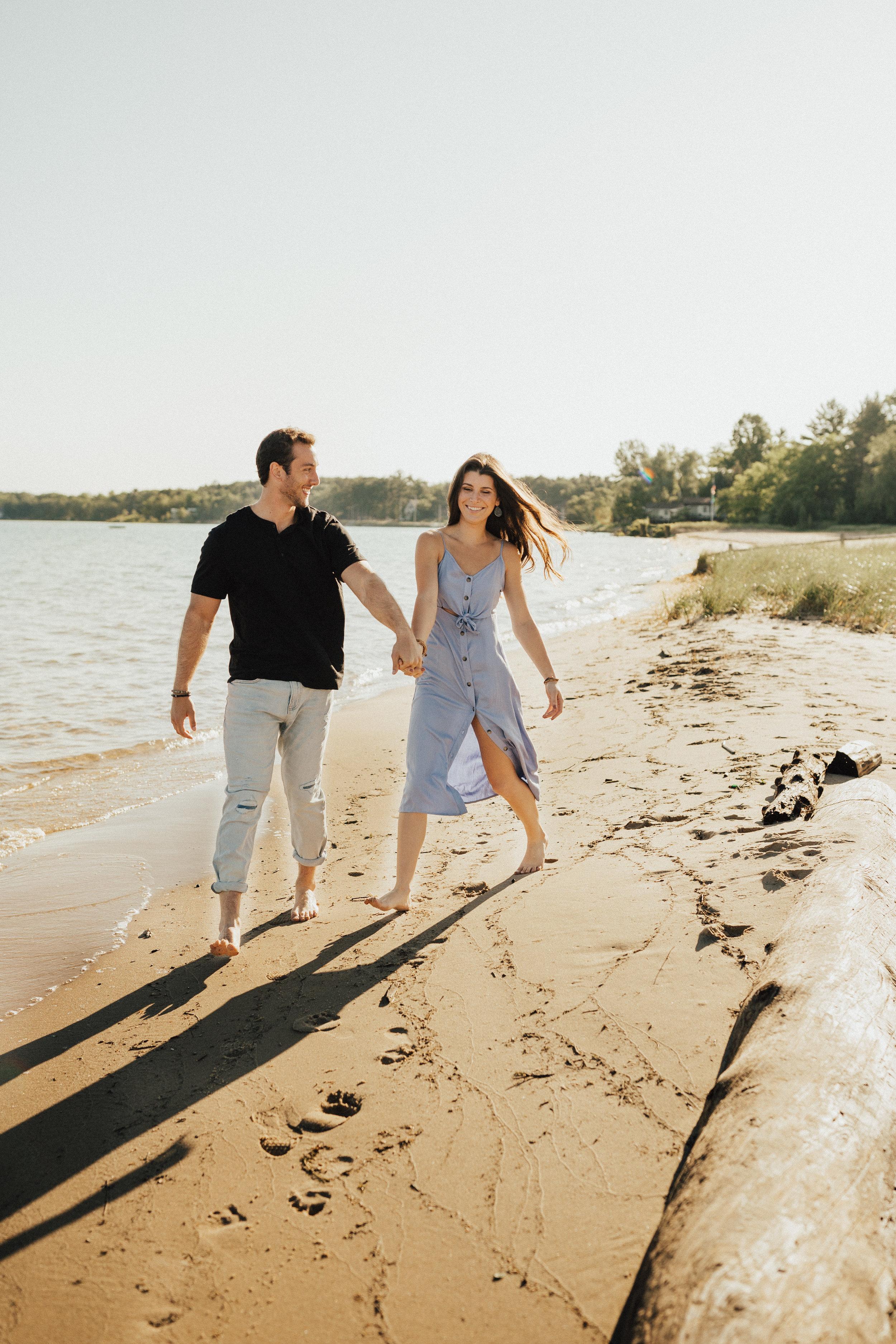 Lake_Michigan_Couples_Session-7.jpg