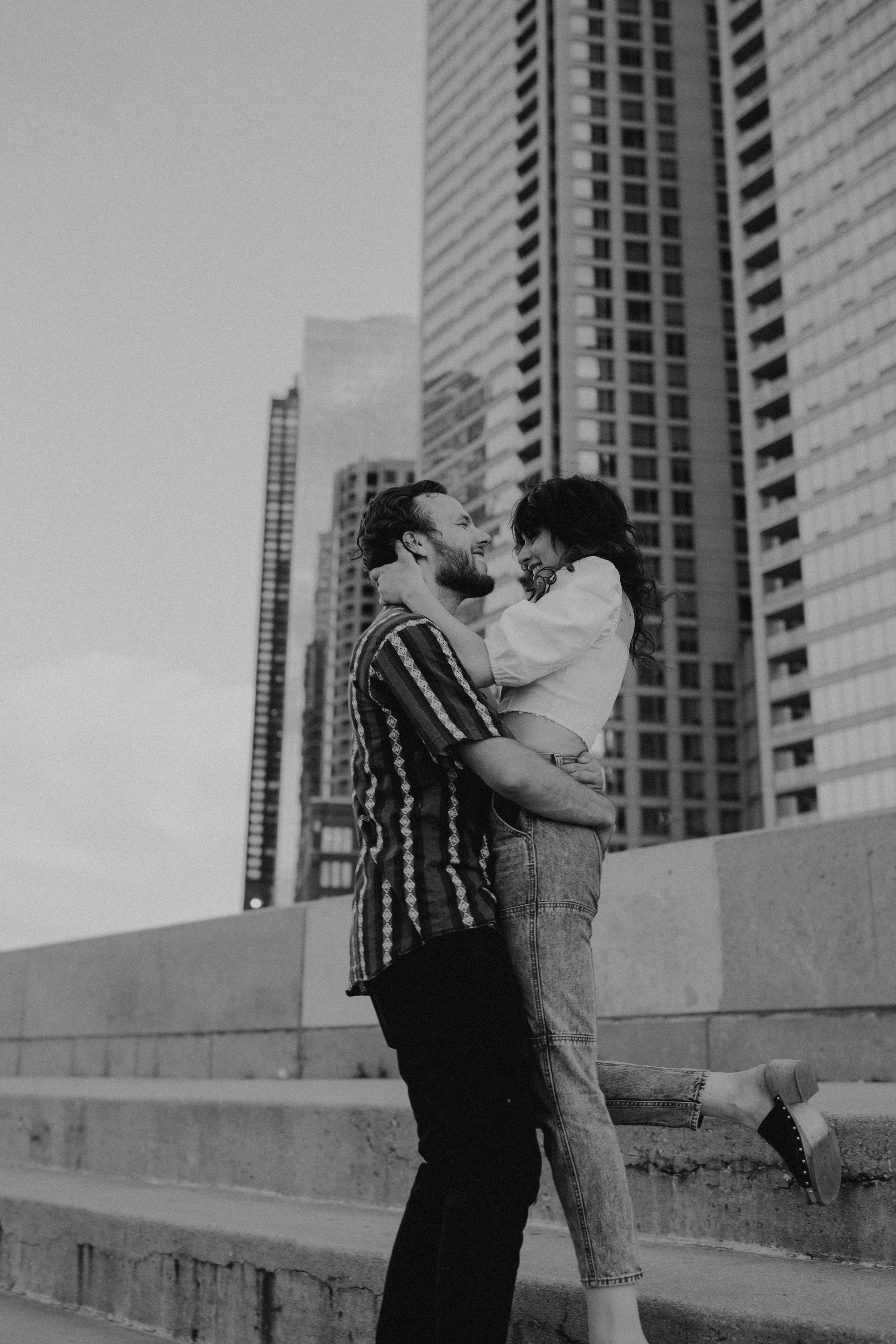 Chicago_Couples_Session-16.jpg