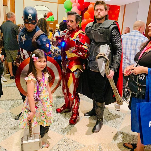 Also got to meet some amazing @marvel characters & Miraculous 🐞! Swipe left for more pics! #sweetsuite19 #sweetsuite #marvel #marvelavengers #miraculousladybug #guardiansofthegalaxy #thor #captainamerica #ironman #kidyoutuber #thetoyinsider