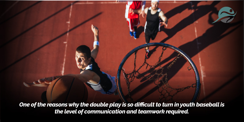 Baseball-Double-Play-Defense-Requires-Teamwork.jpg
