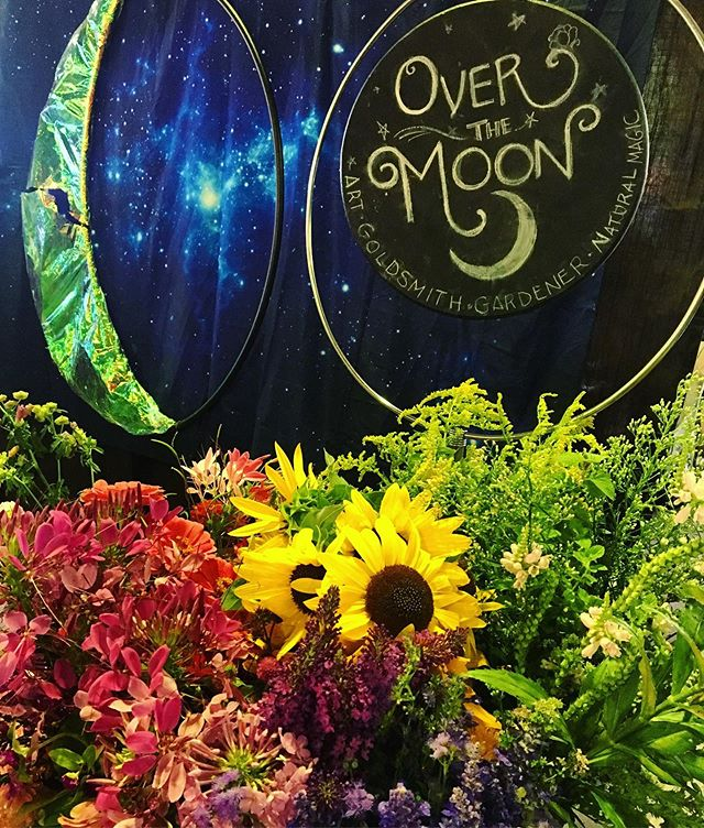 Rainbows and cosmic good vibes coming to market tomorrow!🌈 Swing by, say hi 👋 and take some color home with you- gems, fresh flowers, soy candles, potions, everything magical and handmade and homegrown by me via mama nature. 🌈 💐 💎 🔮 ps i heard there's a sporting event, but that means market will be quiet! 🤩 so sleep in then come support your locals! we appreciate you!! #farmersmarket #floralrainbow #overthemoonstudio #spaceportal #outofthisworld #gardener #goldsmith #greenwitch #backyardgarden #bouquets #iowagrown #iowacityartist #craftswoman