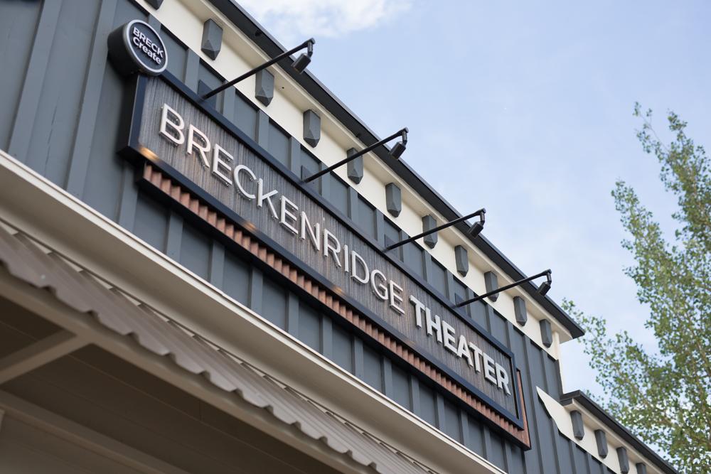 Theater-04.jpg
