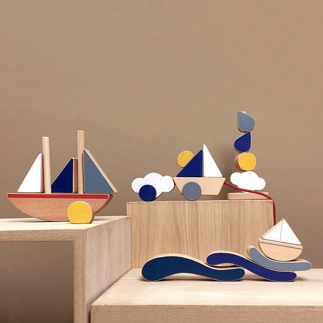 Our beautiful @thewanderingworkshop wooden toys (now on sale) 😊👏🏼 @littleedituk #woodentoys #getcreative #creativeplay