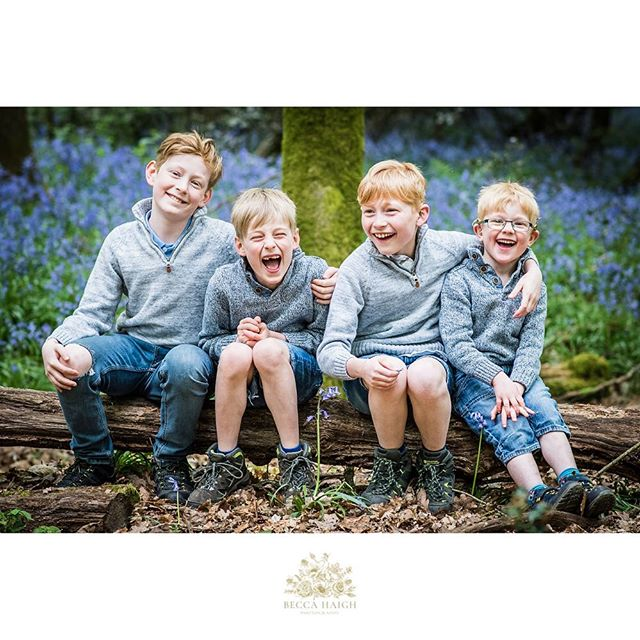 The bluebells are so amazing just now! Have you taken a trip into the woods yet? I dragged my boys along for a giggle. Get them laughing and you'll capture the magic. ✨ #beccahaighphotography #bluebells #relaxedfamilyphotography #sevenoaksmums #sevenoaksmumsinbusiness #girltribegang #mumoffourboys #raisingboys #tonbridgemums #tunbridgewellsmums