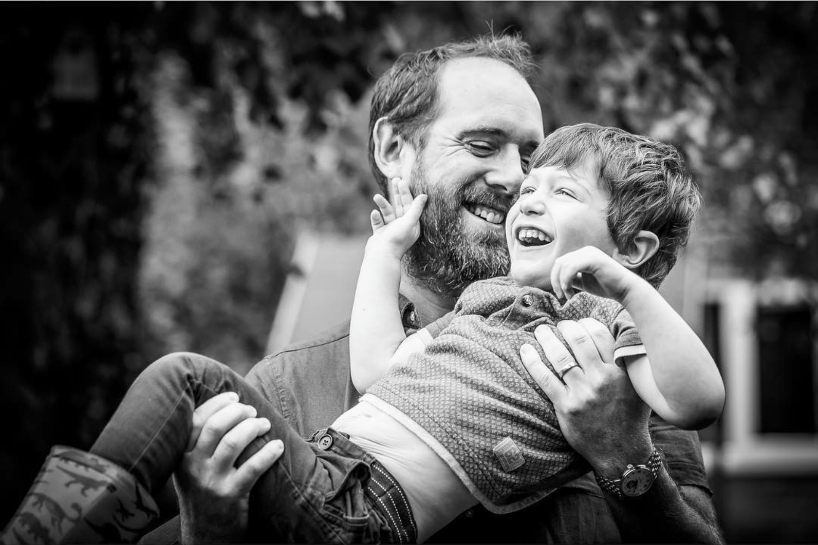 Becca Haigh Photography - Surrey Family Photographer 3.png